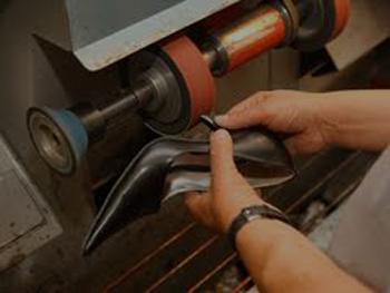 Shoe And Bag Repairs | Car Keys Oxenford | Car Keys Gold Coast